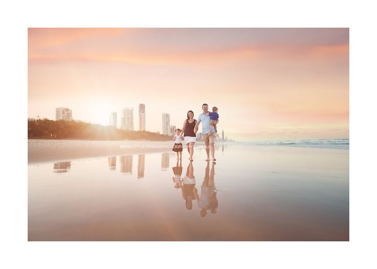 Family beach session -Gold Coast  #familyphotography #littleorangephotography