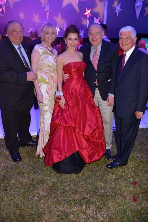 http://blacktiemagazine.com/society_july_2016/Hamptons_Heart_Ball.htm  John Catsimatidis, Margo Catsimatidis, Jean Shafiroff, Martin Shafiroff.  Photo by:  Rose Billings/Blacktiemagazine.com