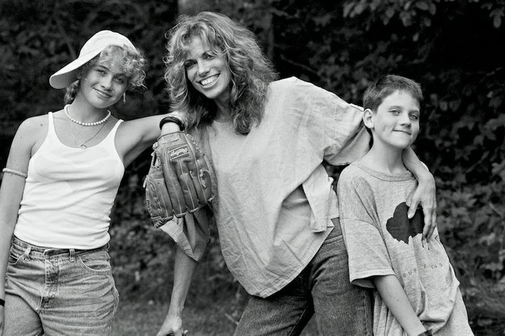 Carly Simon with her two kids, Sally and Ben Taylor (her children with James Taylor) ca 80s