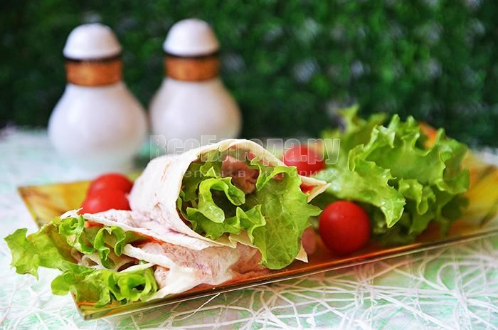 Рецепты закусок и салатов из ананасов креветок и сыра