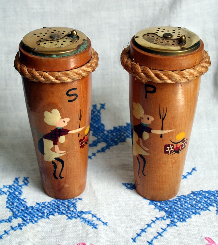 Vintage Salt and Pepper Shakers BBQ Grilling Backyard Picnic