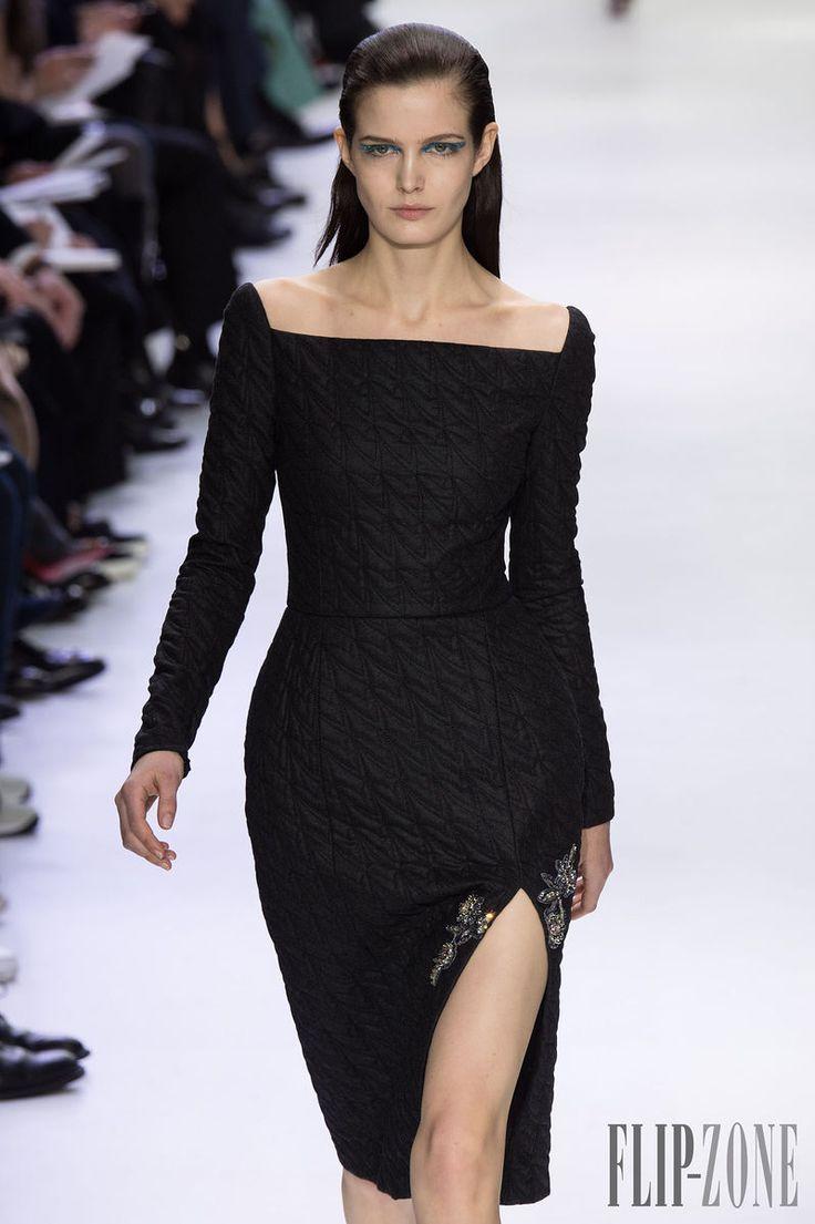 Christian Dior Sonbahar-Kış 2014-2015 - Hazır giyim - http://tr.flip-zone.com/fashion/ready-to-wear/fashion-houses-42/christian-dior-4612 - ©PixelFormula