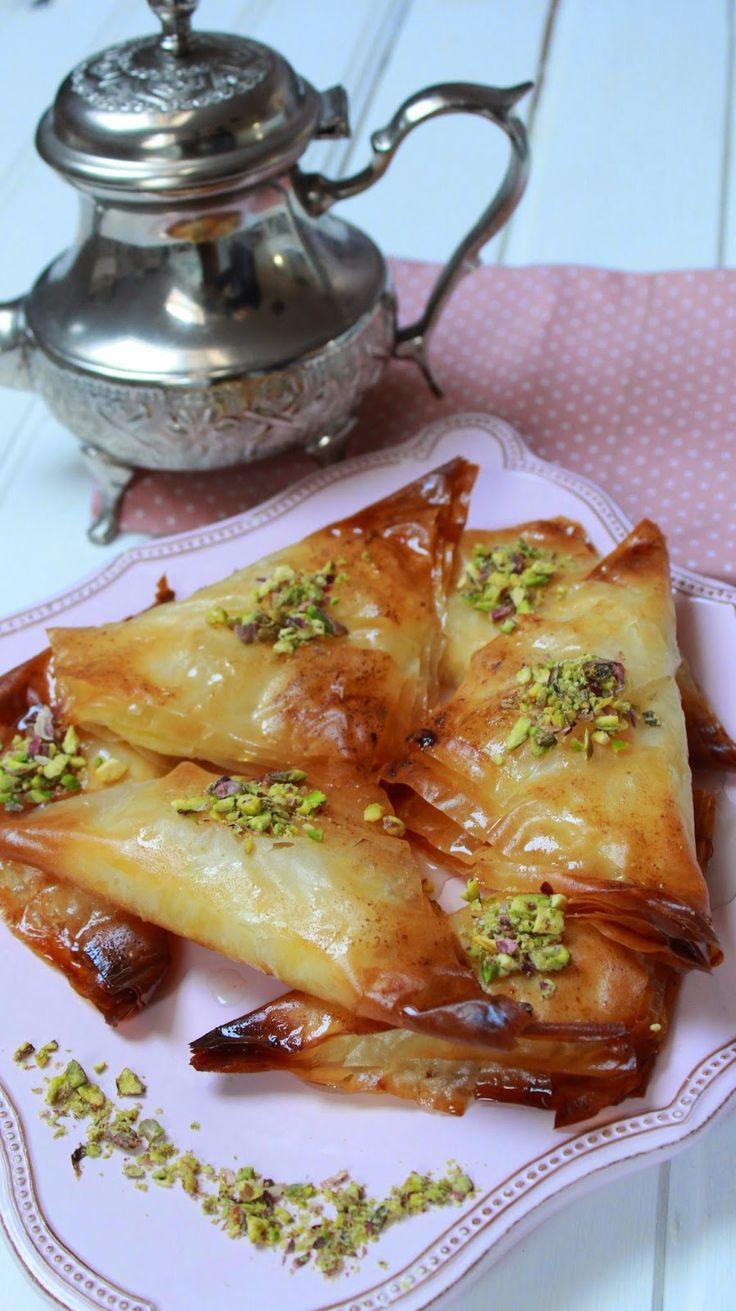 Dulces árabes con pasta filo y crema de sémola paso a paso Más