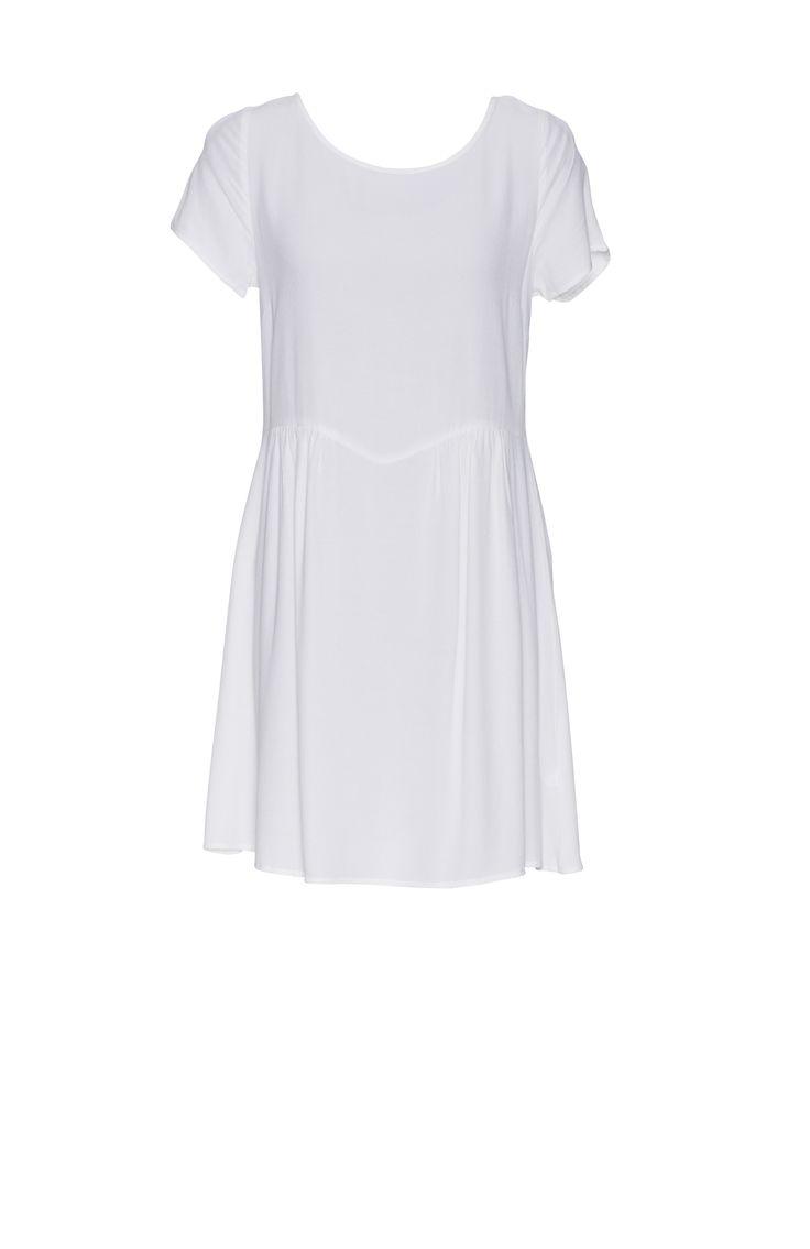 Dress by @glassons  @WestfieldNZ #whiteout #westfieldtrending