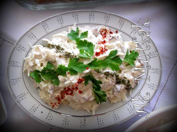 Ülkemizden ve Uzak Doğudan Nefis Yemek Tarifleri: Yeşil Elmalı,Tavuklu Kereviz Salatası