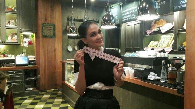 Because Luna Loves Berrybenka and Berrybenka loves JFW 2016! #BerrybenkaLovesJFW16  #JakartaFashionWeek2016 #JFW2016