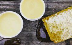 Manuka Honig wird in Neuseeland bereits seit Generation zur Heilung verwendet. Hier erfährst Du wie auch du diesen natürlichen Wundheiler einsetzen kannst.