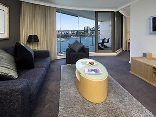 The Pullman Quay Grand #Sydney Harbour is superbly located right in front of the Harbour for a magnificent view but conveniently located near enough to walk into the #CBD. You can get there by clicking here http://www.mirvachotels.com/pullman-quay-grand-sydney-harbour?gclid=CIyPx-_F37UCFYRfpQodoEAAdg  Via Hotel.com.au   Photo via TripAdvisor.com