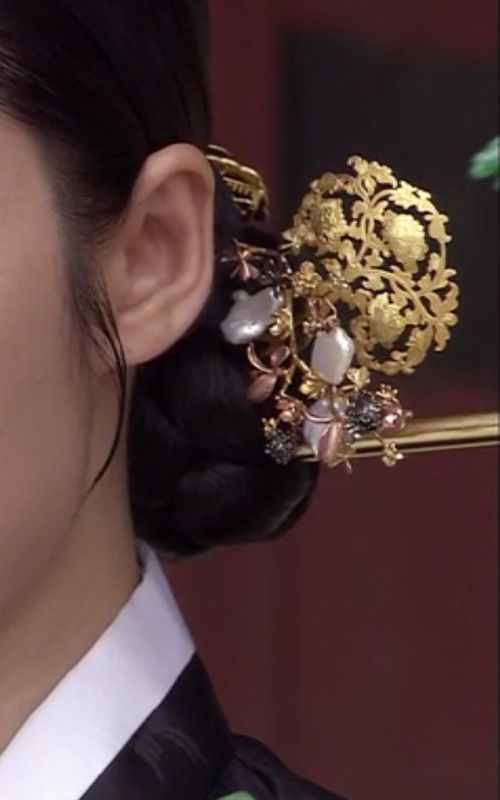 naschenka binyeo | Korean Traditional Hairpick by NASCHENKA