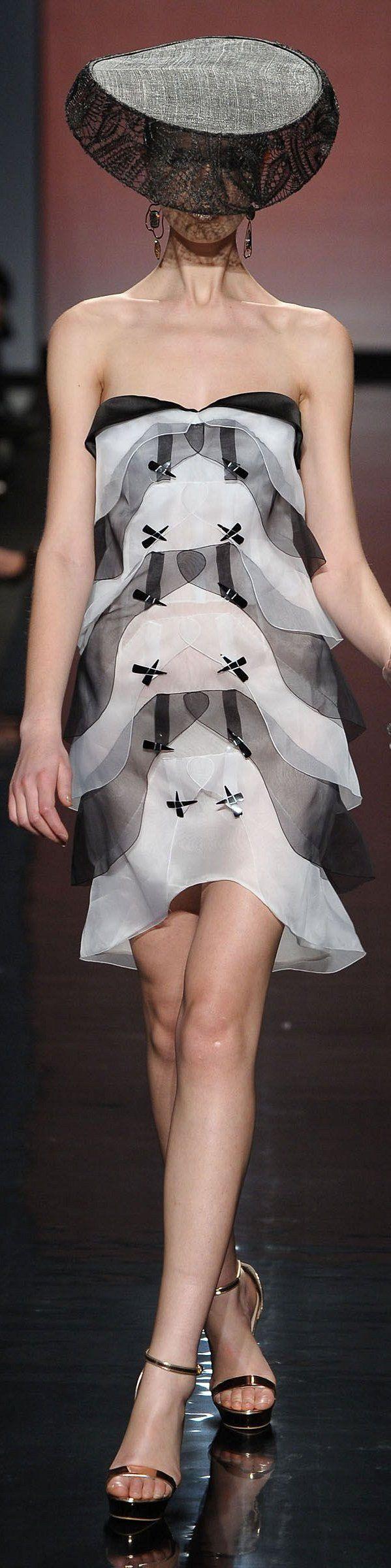 Simplicity and Elegance 'Gattinoni' Spring-Summer 2013 Haute Couture Rome