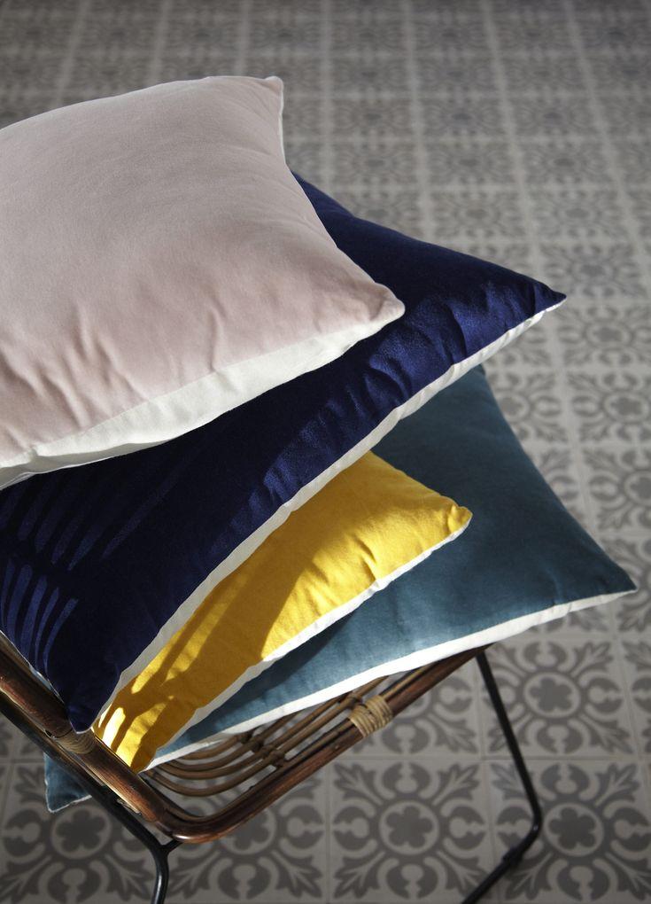 les 25 meilleures id es de la cat gorie coussin alinea sur pinterest tissu tic tac coussin. Black Bedroom Furniture Sets. Home Design Ideas