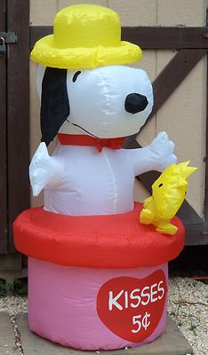 Delightful Gemmy Airblown Inflatable Prototype Valentine Snoopy Peanuts Kisses 4 Ft  Rare!