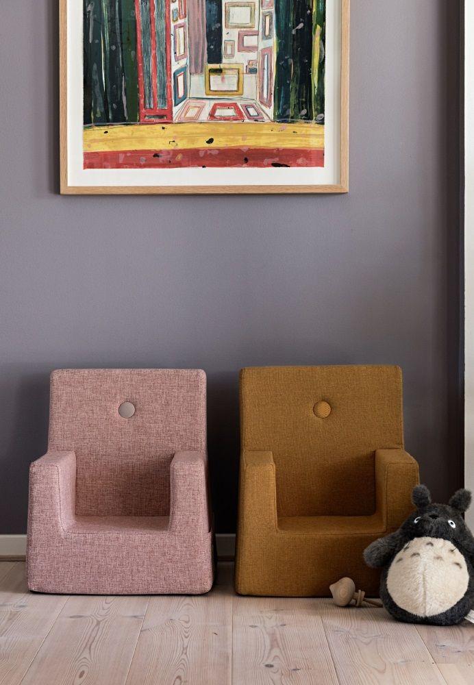 Barnestol fra by KlipKlap's kollektion i en flot farve. Find