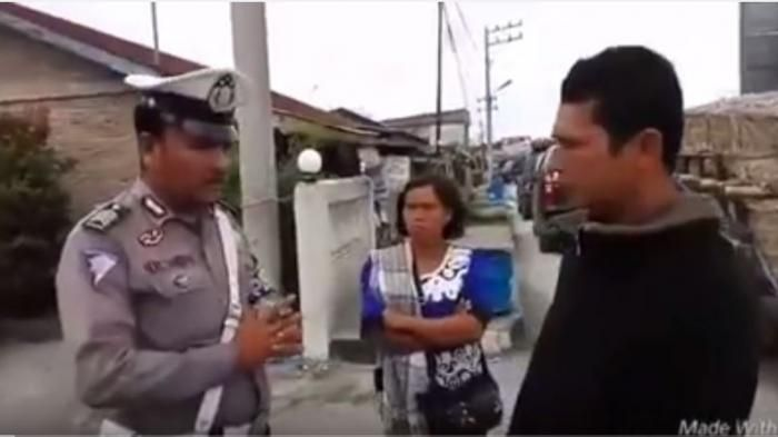 Viral di Medsos! Anggota Polisi Sumatera Utara Ini Ajak Pelanggar Lalu Lintas Doa Sebelum Menilang