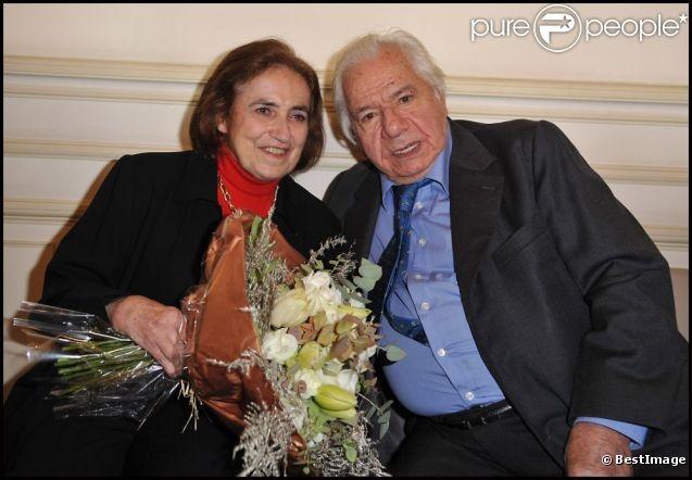 Michel Galabru et sa femme Claude à Paris le 6 février 2012 à Paris