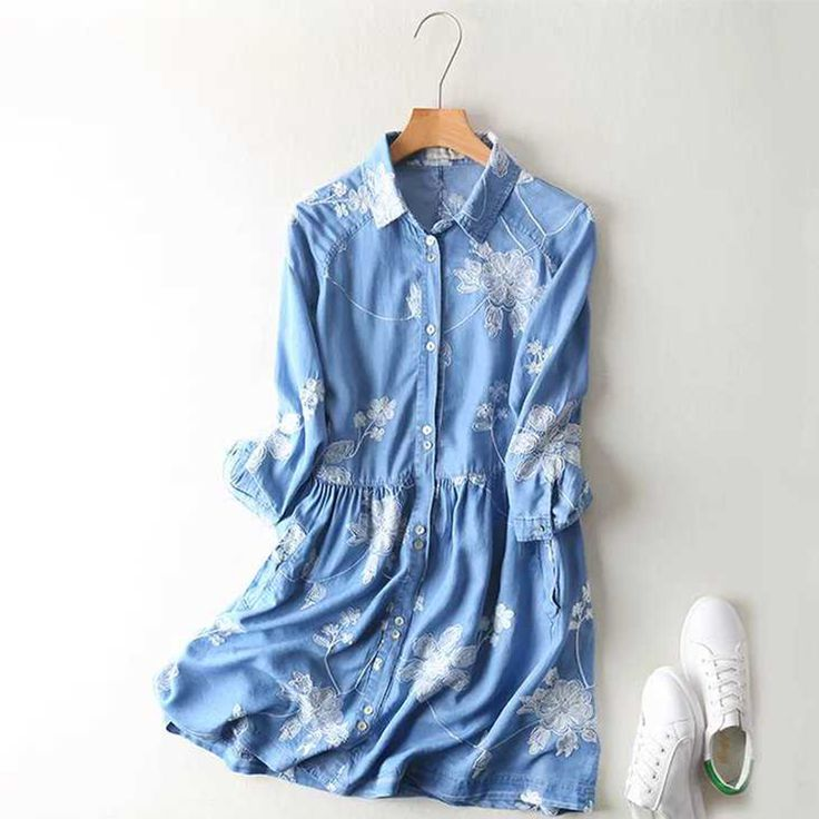 Fashion Women Floral Embroidery Tencel Denim Dress Turn-down Collar Half Sleeve Casual Light Blue Shirt Dress Summer 2017 APWM12