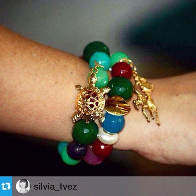 #Repost @silvia_tvez with @repostapp.・・・Y empezaron a llegar los regalos desde #Bucaramanga, #Colombia.  Divino mi #regalo, tía gracias.  Y lo mejor es de #MacabeoJoyas