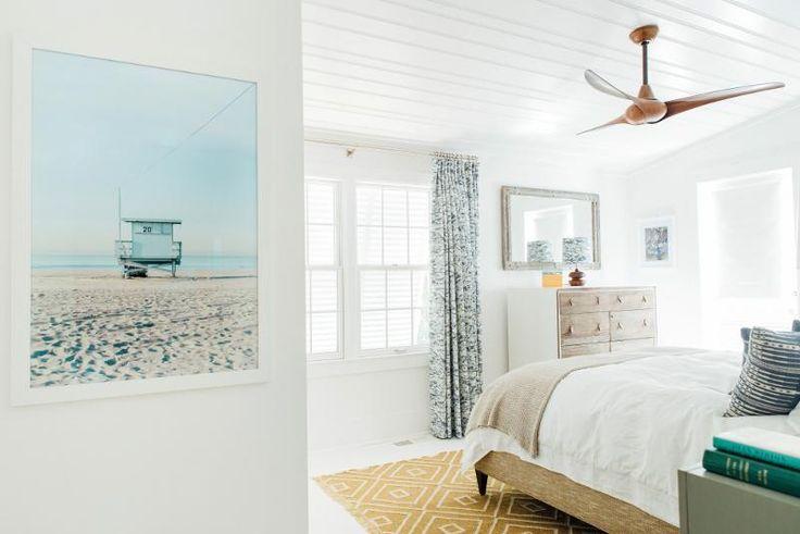 I had to share one more wonderful home from Charleston-based interior designer Cortney Bishop ....