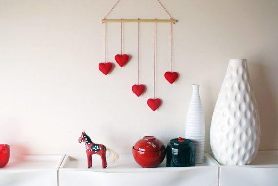 Red Hearts felt mobile