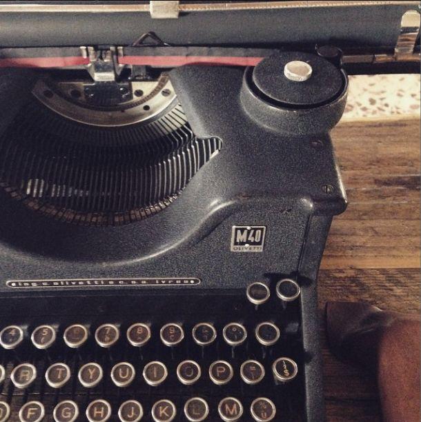macchina da scrivere vintage mood for re-project studio