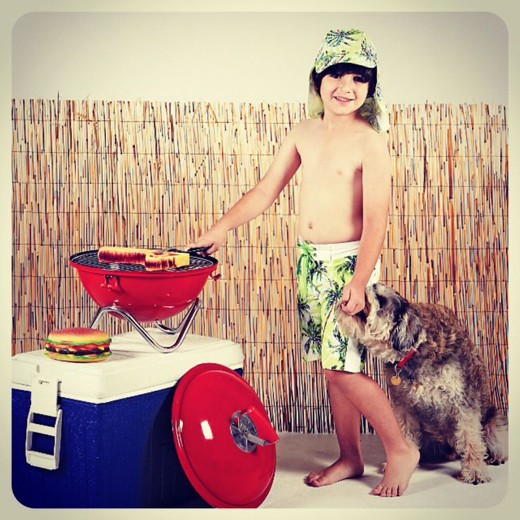 Boys retro Palm print Boardies! Available in kids sizes 3-10, $35 with FREE DELIVERY on orders over $50! SHOP HERE: http://www.swimheaven.com.au/kids/wave-rat-life-s-a-beach-panel-boardshorts.html #swimheaven #swimwear #kids #kidsswimwear #summer #boardies #sun7 #sunsafe #freedelivery #onlineshopping
