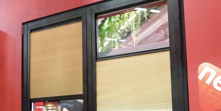 1000 id es sur le th me garage fini sur pinterest garage tages et rev tem - Store moderne fenetre ...