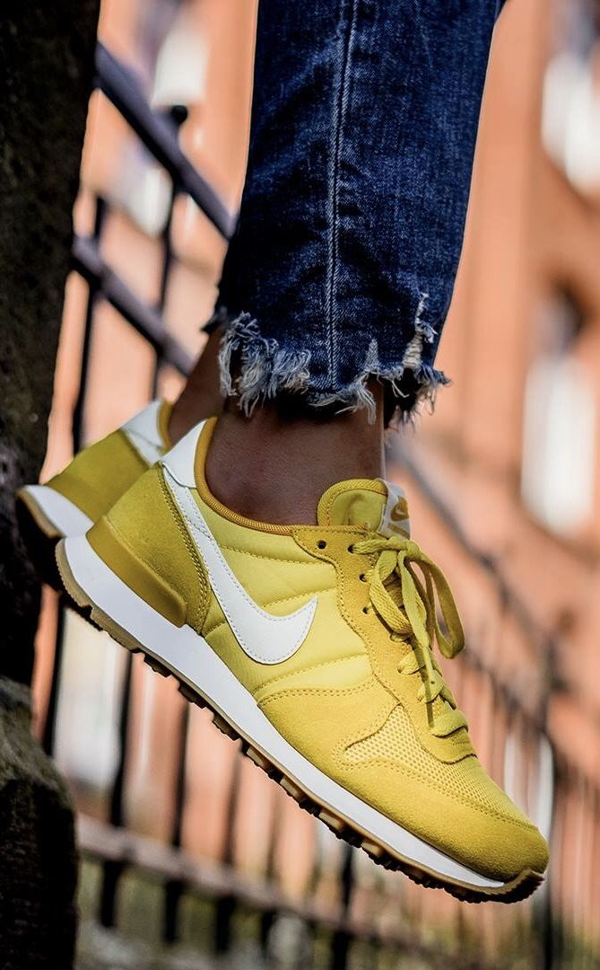 brand new e6a27 5234a Nike Internationalist