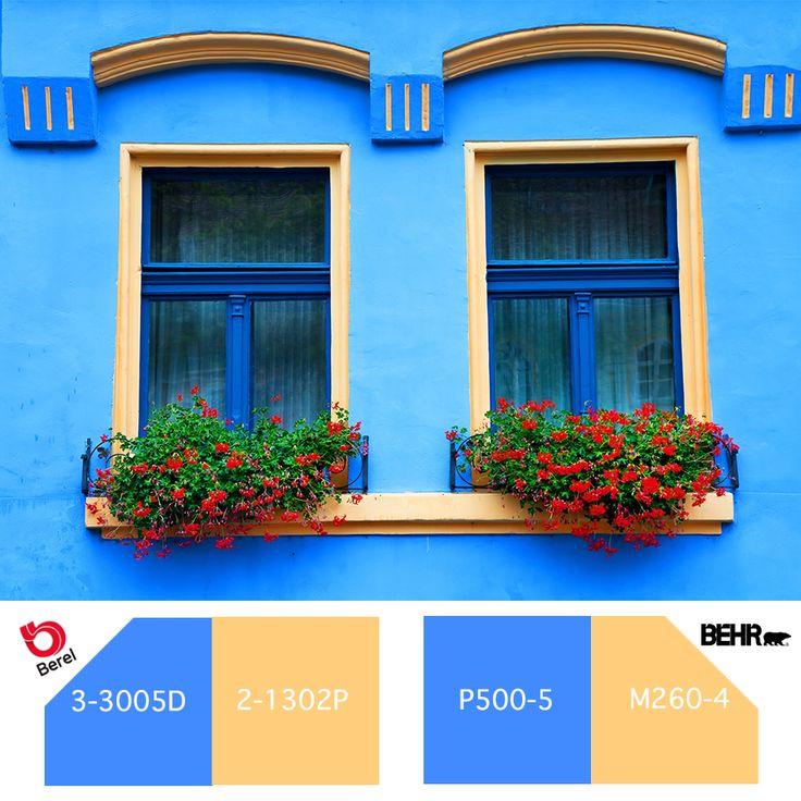 Elige los tonos azules y amarillos para crear un estilo rústico en la fachada de tu hogar.