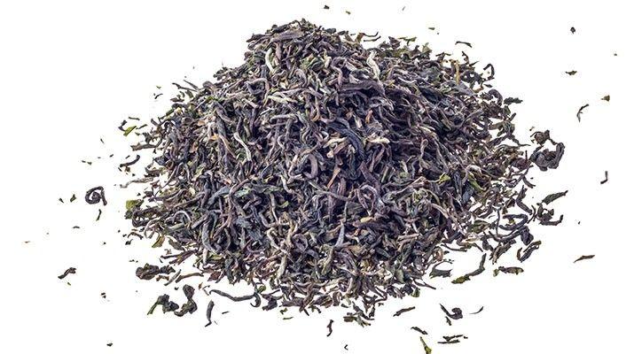 Feinster First Flush Flugtee in Bio-Qualität: Darjeeling Risheehat first flush SFTGFOP 2015. Ein Produkt des familiengeführten Teefachgeschäft mit Onlineshop, Evas Teeplantage in Nürnberg.  Evas Teeplantage ist spezialisiert auf hochwertige Grüntees (Japan, China), Oolongs und Schwarztee. Aber auch zahlreiche aromatisierte Sorten, säurearme Früchtetees oder Rotbusch- und Kräutertees sind Teil des Sortiments. #MomPreneursAdventsbasar
