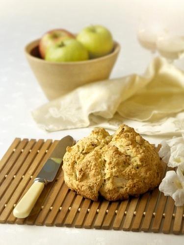 Apple + Blue Cheese Bread