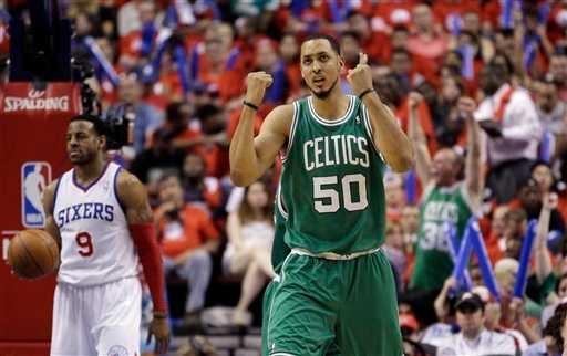 Ryan Hollins Boston Celtics