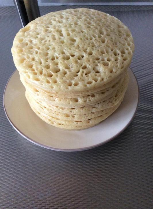 Recept voor Marokkaanse mini hatita, beghrir of gringo. Ingrediënten: 250 gramgriesmeel 250 gram bloem 1 zakje bakpoeder 1 zakje instant …