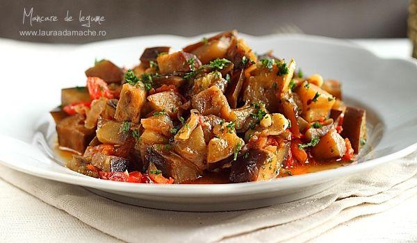 Mancare de Legume cu sos de soia Retete de Mancaruri O reteta de mancare rapida, delicioasa reteta de mancare de post cu legume si sos de soia