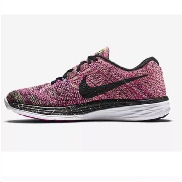 WOMEN'S NIKE FLYKNIT LUNAR 3 GREEN/BLACK/PINK WOMEN'S NIKE FLYKNIT LUNAR 3 GHOST GREEN/BLACK/PINK FOIL 698182-302 Size 9 The third iteration of this running staple is a triple threat of comfort, strength, and support. Everything you need to break the tape well ahead of the pack. Nike Flyknit upper is breathable, stretchy, and supportive for the perfect fit. An integrated tongue stays firmly in place while you run. *shoes are brand new! box top is not included Nike Shoes Sneakers