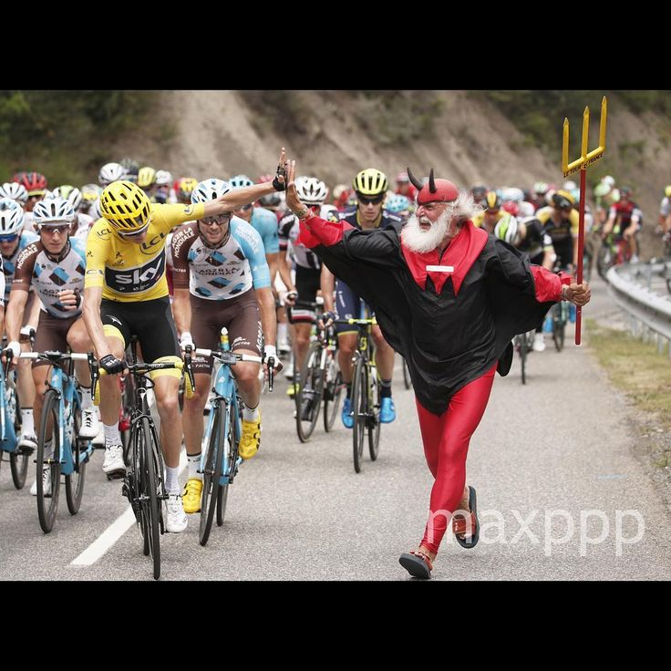 Team Sky rider Christopher Froome of Great Britain (L) in yellow jersey is cheered by legendary Didi Senft, the Tour Devil, who runs with the pack of riders, during the 19th stage of the 104th edition of the Tour de France cycling race over 222.5km between Embrun and Salon-de-Provence, France, 21 July 2017.  EPA/YOAN VALAT (MaxPPP #photo #photos #pic #pics #picture #pictures #art #beautiful #instagood #picoftheday #photooftheday #color #exposure #composition #focus #capture #moment #sport…