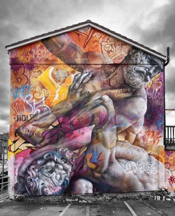 Manchester, UK: nuovo muro degli artisti spagnoli Pichi & Avo.