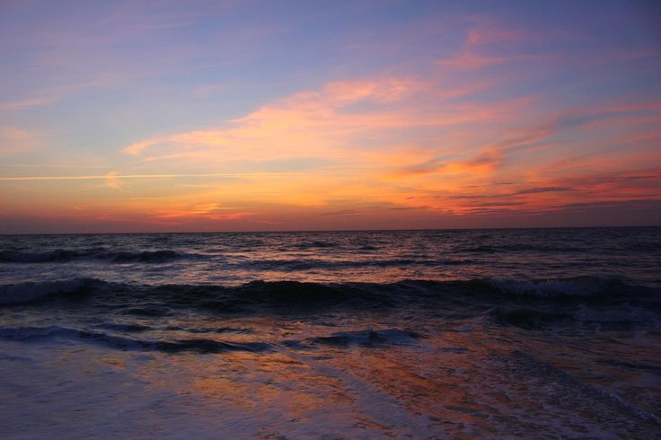 Plan your beach vacation from stay to play! We offer affordable North Myrtle Beach rentals and the best rates on condos, beach houses, resorts, and hotels.