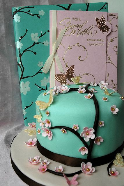 cool asian cake