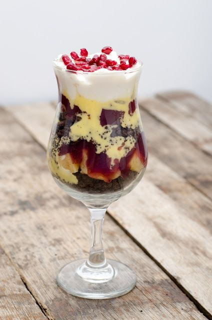 Trifle cu gutuie Poached quince trifle for Christmas