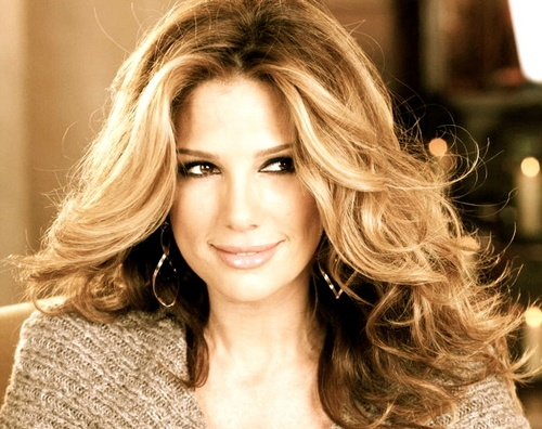 Reminds me of my mom. Daisy Fuentes