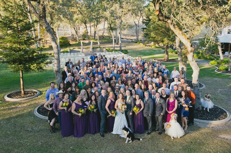 Wedding photo must have with everyone who attended