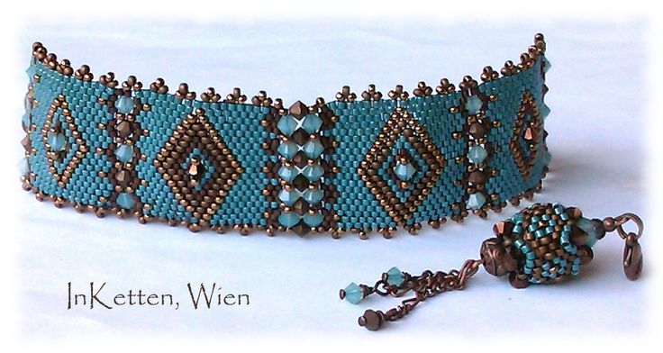 So! Und hier mit Rand!       Orient                       Peyote Technik; Armband, Bracelet, beaded Bead, Swarovski Crystallized(TM)
