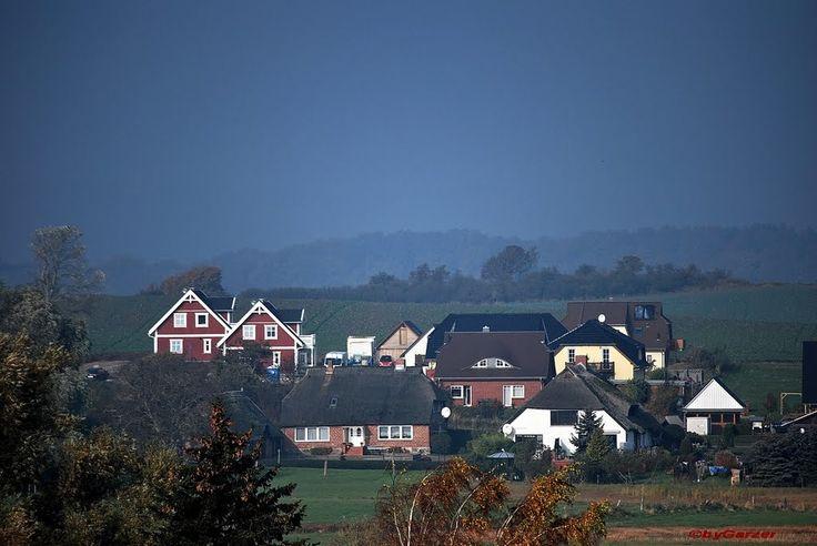 Blick auf das Fischerdorf Alt Reddevitz