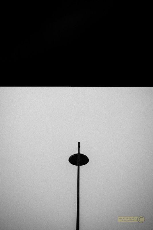 Dnešní téma bylo Hradčanská. Více na mých stránkách #street #černobílá #fotografie #OLYMPUS #OMD http://www.kamin.cz/black-and-white.html