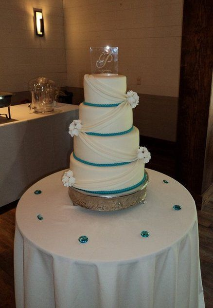wedding cake turquoise blue turquoise wedding cakes turquoise and white wedding cake 26732