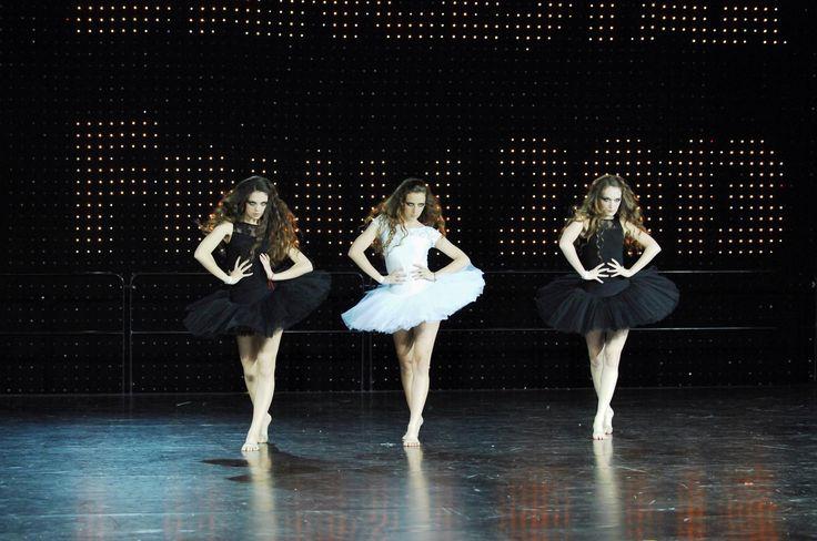 N-dolls talented dance trio world dance champions 2013 choreography Marry The Night best choreography