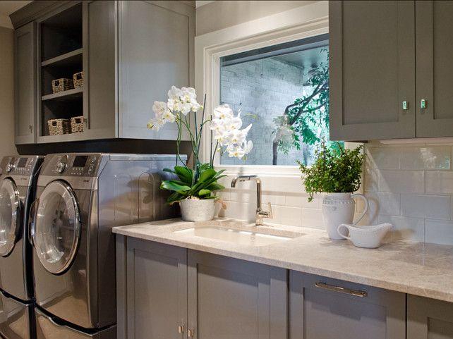 Laundry Room. Laundry Room Ideas. Laundry Room Design #LaundryRoom #LaundryRoomIdeas #LaundryRoomDesign