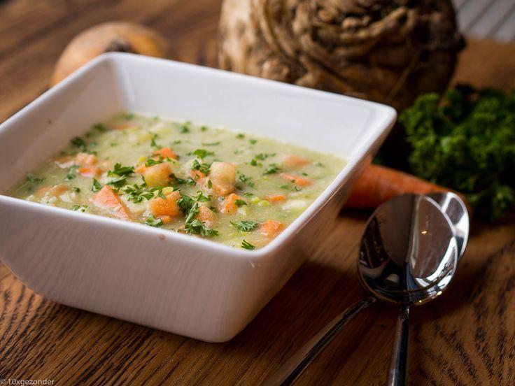 Soepie! Ja, een romige knolselderijsoep welteverstaan. En het romige komt niet van de room, maar gewoon van de knolselderij. Een extra gezond soepje dus. Goed om het nieuwe jaar mee te beginnen. Verder bestaatdeze groentesoep uit nog een winterpeen (goed weer voor), 1 prei en een ui. Maar je kunt natuurlijk nog genoeg variëren, als […]