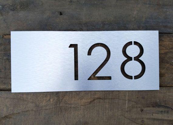 1000 id es propos de num ros de maison moderne sur pinterest signes de num ro de maison for Plaque maison design