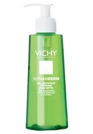 Vichy Normaderm Gel Limpiador ♥    El gel limpiador profundo permite una limpieza diaria en profundidad de las pieles con imperfecciones.La piel queda más lisa.Aplicar mañana y/o noche y aclarar con abundante agua tibia.  lo recomiendo! sale como 12 mil pero vale la pena porque dura + de 3 meses!